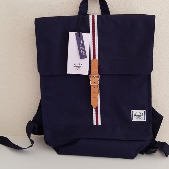 b6c6d64a7e30 HERSCHEL SUPPLY CO City Offset 14L Backpack